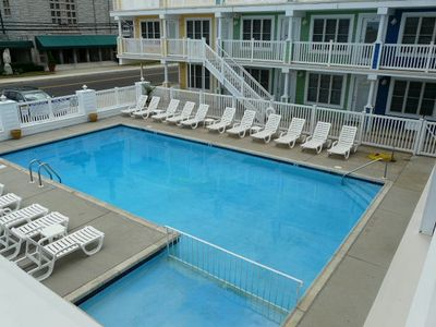 Photo for One bedroom condo, pool, central ac, modern complex close to beach