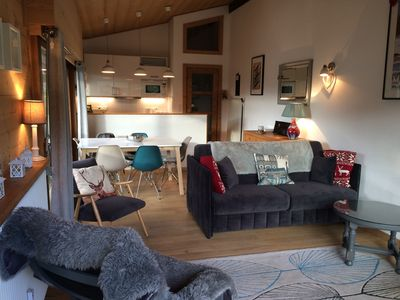 Photo for Luxury Apartment Sleeps 6. 350 m to ski lifts & town. Great views, Highly rated.