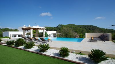 Photo for Big Holiday Villa, comfortable for big groups of families or friends