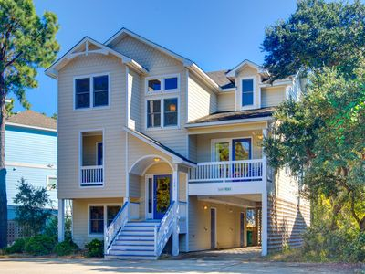 Photo for 6 Bedrooms | Soundside | Villages at Ocean Hill | Corolla | Sleeps 14