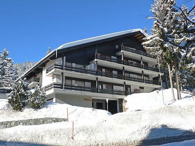Photo for Apartment Tsaumiau A23  in Crans - Montana, Valais - 12 persons, 4 bedrooms