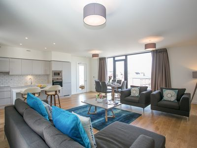 Photo for Samuel Beckett Bridge Penthouse Luxury Apartment - free airport pick up
