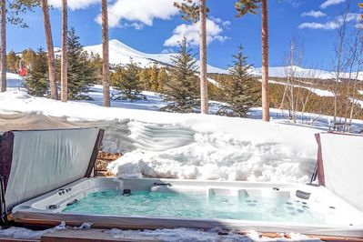 Hot Tub - Large enough for 14, it is steps outside the spa with a steam room for 6.It is also adjacent to the ski slope and fire pit.