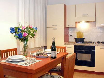 Photo for Apartment Appartamento Canal View (VZA106) in Venedig - 4 persons, 1 bedrooms