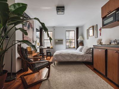 Beautiful Studio Near Times Square, welcome to zen and serenity