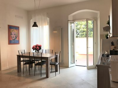 Photo for Completely renovated apartment with terrace in the historic center