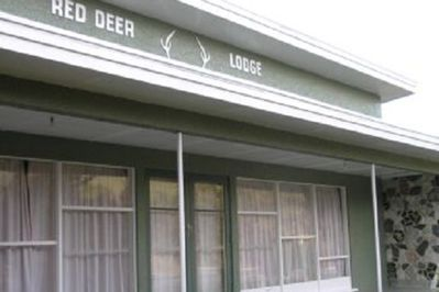 Red Deer Lodge
