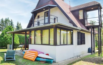 Photo for 4 bedroom accommodation in Balatonszemes