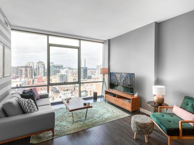 Photo for River North, Fully Furnished 1BR by blueground (2)