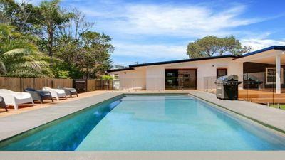Photo for POOL, DIRECTLY OPPOSITE BEACH, WIFI & FOXTEL