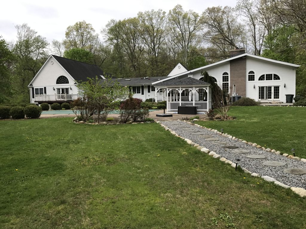 5000 sq ft upscale ranch on 2 gorgeous acre homeaway for 5000 sq ft to acres