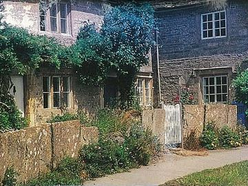 Filkins and Broughton Poggs, Oxfordshire, UK