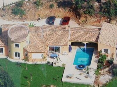 Photo for Large villa, 250 m², panoramic view, 20 minutes from the beaches.