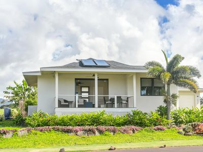 Photo for Poipu Tropical Retreat with A/C & Pool/Gym Access