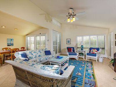 Photo for Life Is Better At The Beach - Oceanfront Complex - 2BR + Den SUR156