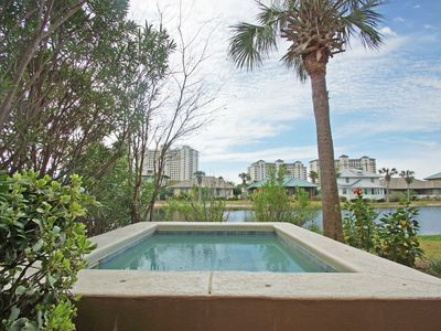 Photo for Beach Club Cottage, Private Hot Tub, FREE amenities pass!