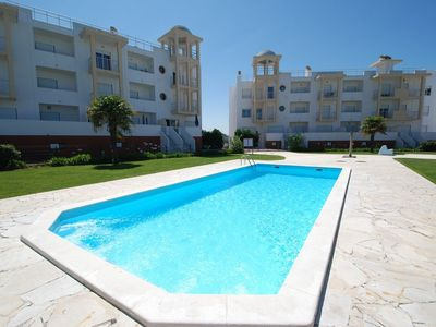 Photo for Marina - Great sea view apartment in Nazaré holiday complex, sleeping 6