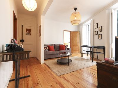 Photo for 2 room apartment near Parliament 10minutes away to Chiado