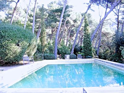 Photo for 2BR Apartment Vacation Rental in Hyères, PACA