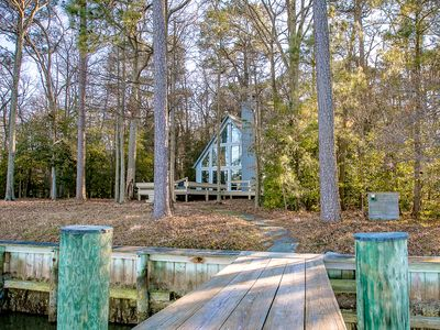 Overlook on Dun's Cove -- Luxury waterfront hideaway minutes from St. Michaels
