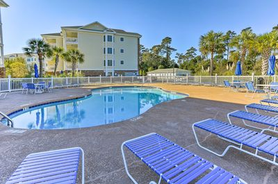 Discover Myrtle Beach from this 3-bedroom, 2-bath vacation rental condo!