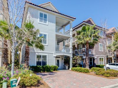 Photo for ☀6BR Serenity in Village Crystal Beach☀Aug 17 to 19 $1193 Total! Lagoon Pool
