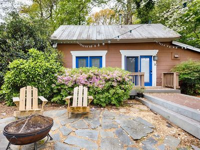 Photo for Cozy Midtown Cottage - Walk to Everything! Fiber Wifi, Private Entrance.