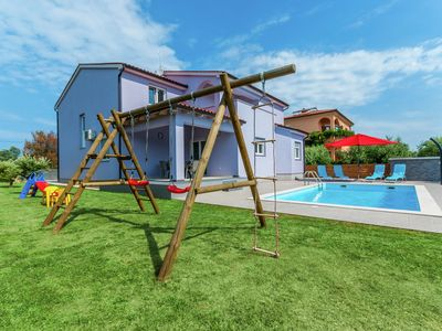 Photo for Comfortable villa in Pula with private swimming pool, 4 km from the beach