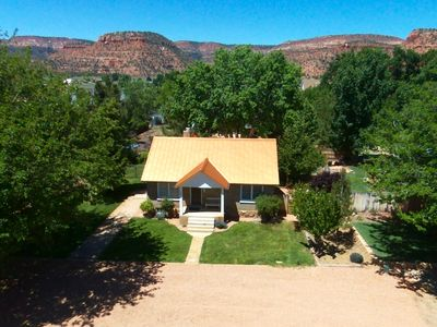 A Pet Friendly Home Located In The Heart Of Kanab, UT