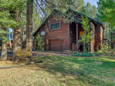 Photo for Cozy, dog-friendly, Tahoe home near rec centers for pools, gyms, & sports courts