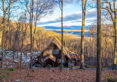 Complete seclusion, breathtaking views of the Shenandoah Valley