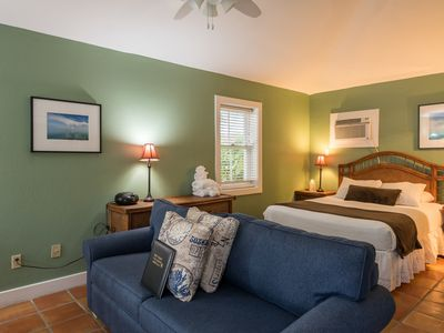 Photo for Cozy, dog-friendly retreat w/ shared hot tubs, patio, great location in Old Town