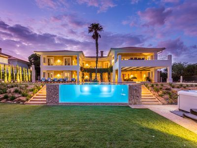 Photo for Exceptional and exclusive ocean front villa near Burgau, sleeps 10