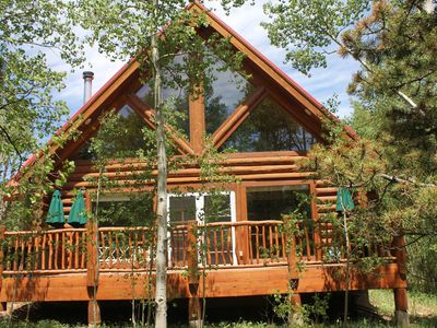Luxury Log Cabin. Sit in your own 2 Acre Aspen Grove