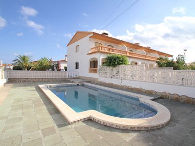 Photo for 3BR House Vacation Rental in Rustical Mont-roig