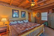 NEW! 3BR Cabin at Top of Ski Mountain w/Hot Tub