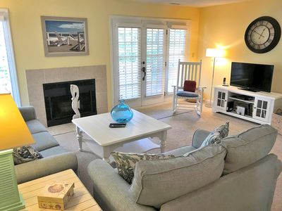 Photo for Updated Townhome with New Carpet and Furnishings! Very Close to the Beach!