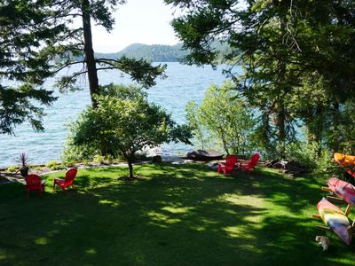 WATERFRONT CABIN WITH THE VIEWS OF TWO ISLANDS AND MAJESTIC MOUNTAIN BACKDROP!