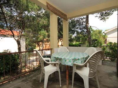 Photo for One bedroom apartment with terrace Mudri Dolac (Hvar)