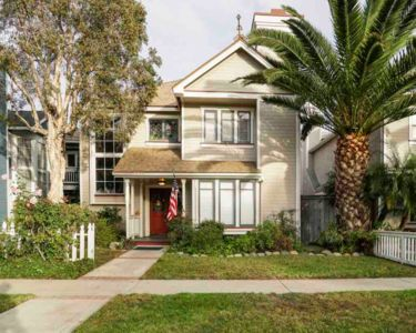Photo for Beautiful Home w/ Hot Tub 1mi from Pier & Downtown