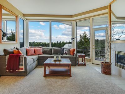 Photo for River View Condo, Close To Town/Mountain, New Private Hot Tub