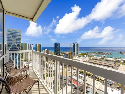 Delightful high floor condo with ocean & mountains preferred view!