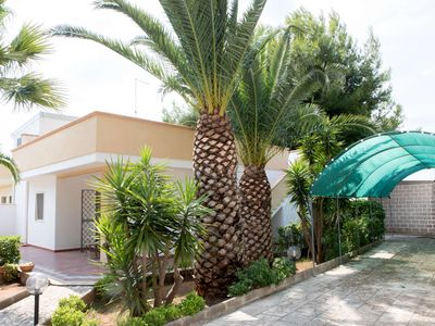 Photo for Villa with equipped garden, 2 bedrooms, barbecue