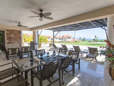 Photo for Perfect for families!Ground floor,ocean view,golf cart,access to 5 beach clubs