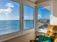 Beautifully located apartment with amazing views over the Falmouth beach area