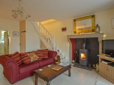 Photo for Delightful detached cottage and  private garden, walking distance to Civray
