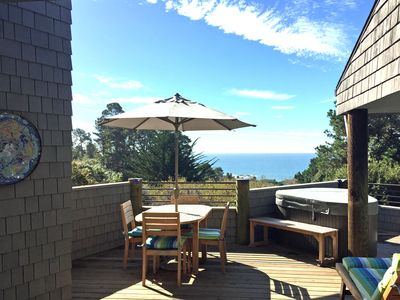 Ocean View Dining & Relaxing Deck with stair access down to bluff trail.