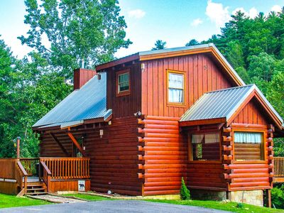 Photo for *SEPTEMBER SPECIALS* Save 15-25% Bear Crossing w/ tranquil setting w/ Mtn Views- Pool Table - WiFi