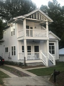 Modern, Classic Cottage - Historic District