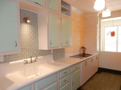 Photo for Full size retro home perfectly located for business or pleasure!